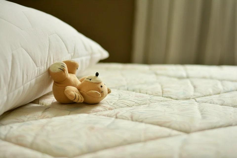 Poduszki dekoracyjne i ozdobne, rodzaje poduszek
