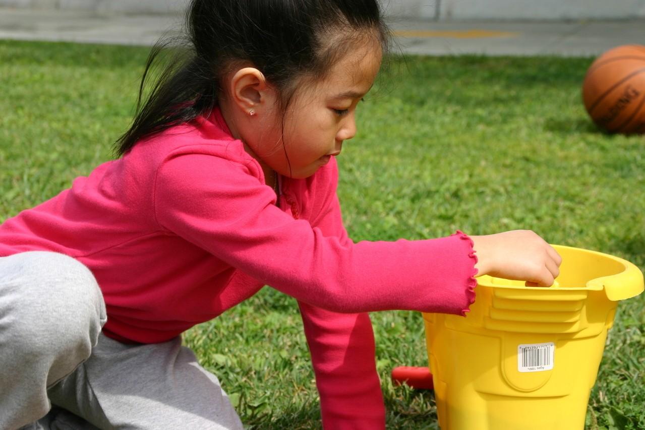 Jakie obowiązki przedszkolaka: sprzątanie